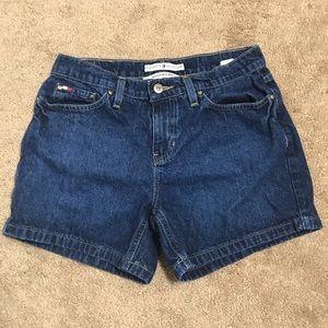 Tommy Hilfiger Jean Boyfriend Shorts Size 4